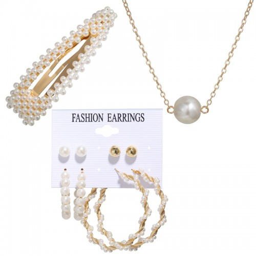 Arihant Bangles Stunning Pearl Gold Plated Earring...