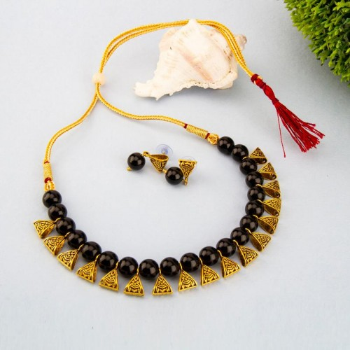 Arihant Gold-Toned GP Black Pearl Necklace Set