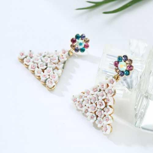 Arihant Crystal Elements Rose inspired Triangle Dr...